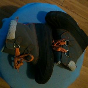 Gymboree insulated boots